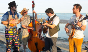 camping_acousticTroubadors