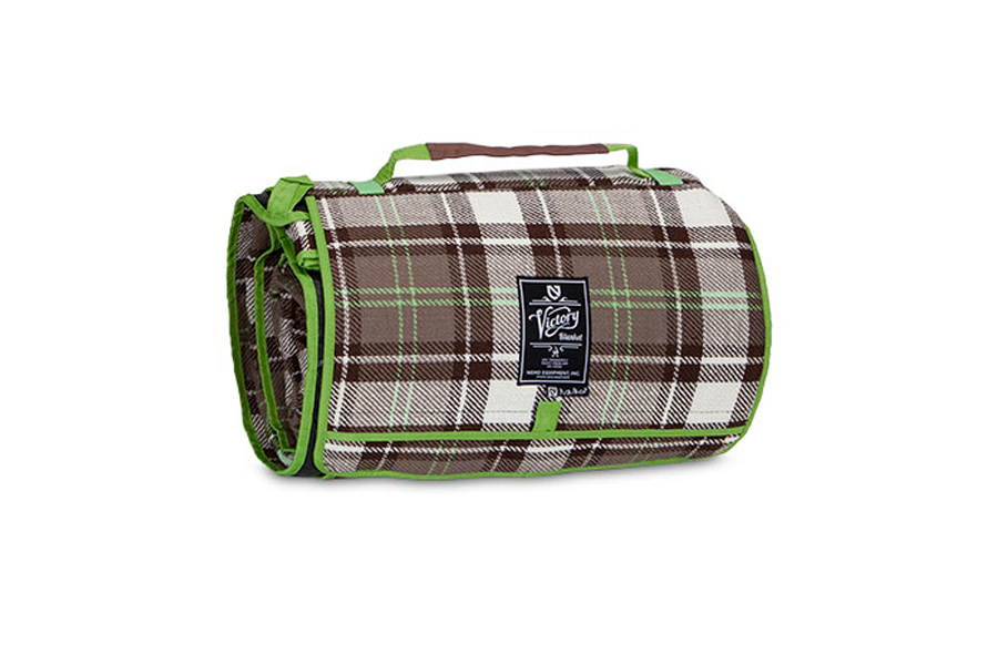 nemo-victory-blanket-Camp-Trend