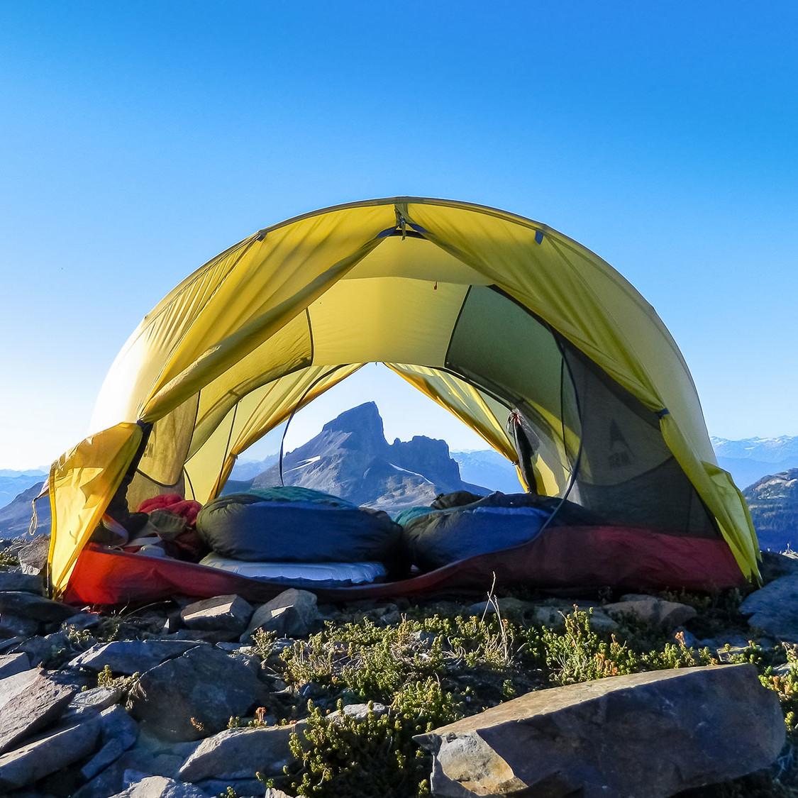 _Leigh-McClurg-Panorama-Ridge-CampTrend